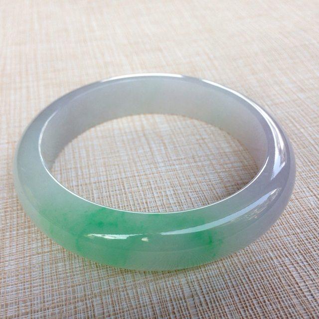 冰紫飘绿58.6正装翡翠手镯