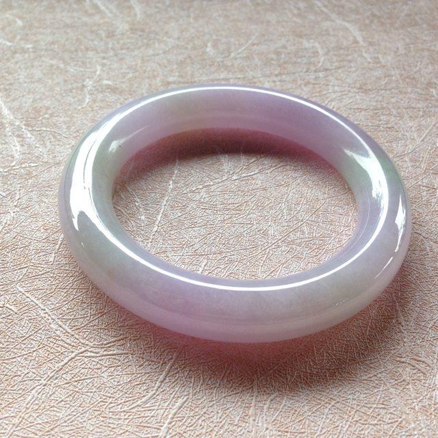 56糯种紫罗兰翡翠手镯 玉质冰润