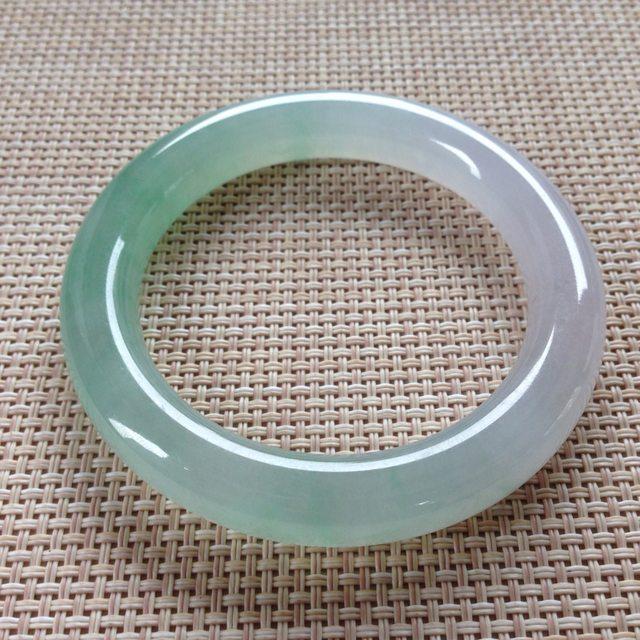 冰种飘色翡翠手镯  缅甸天然翡翠圆条手镯  尺寸:55.9寸