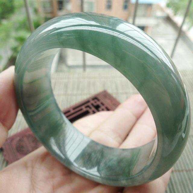 冰油淡绿宽边正装翡翠手镯:57mm