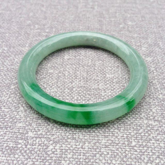 冰种飘绿翡翠手镯  缅甸天然翡翠圆条镯 54.5寸圈