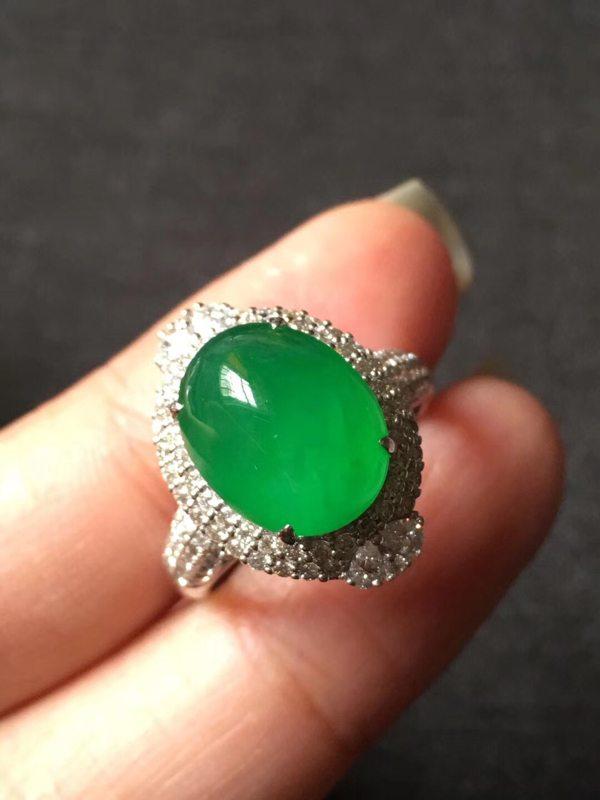 冰种起光艳阳绿高色 缅甸天然翡翠戒指
