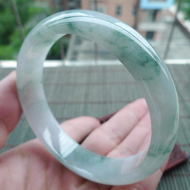 糯冰种飘花正装翡翠手镯 尺寸59.3-14.3-7mm