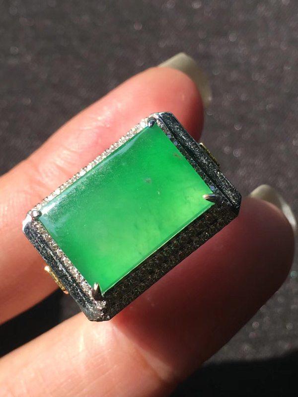 15.510.53.5寸高冰种正阳绿甜阳绿 翡翠戒指