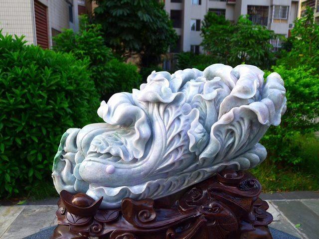 440.520.190寸水润春彩翡翠超大件白菜摆件图1