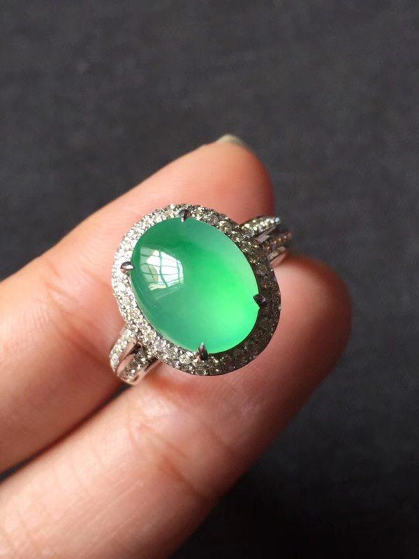 玻璃种甜美木那起光 缅甸天然翡翠戒指