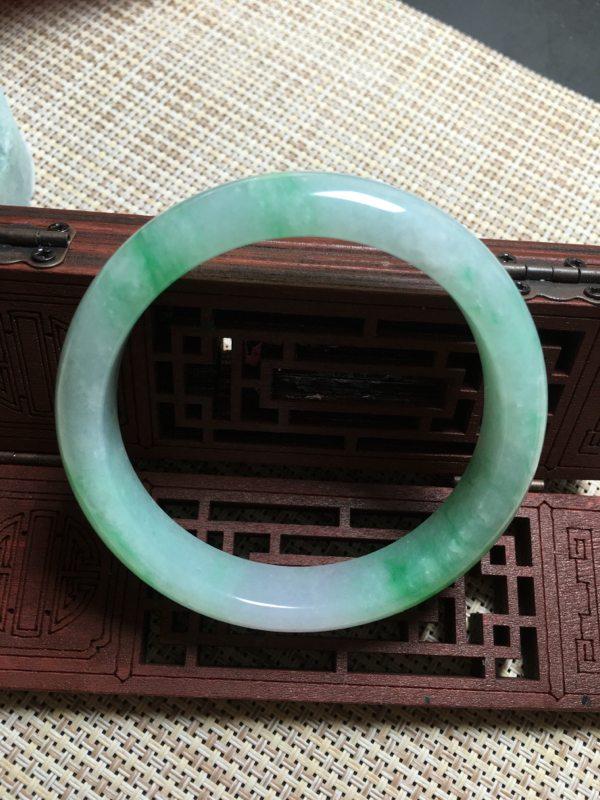 冰种阳绿正圈翡翠手镯
