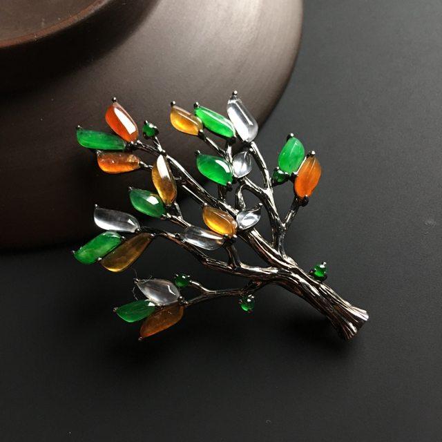 三彩圣诞树 翡翠胸针 整体尺寸49-36-7毫米图1