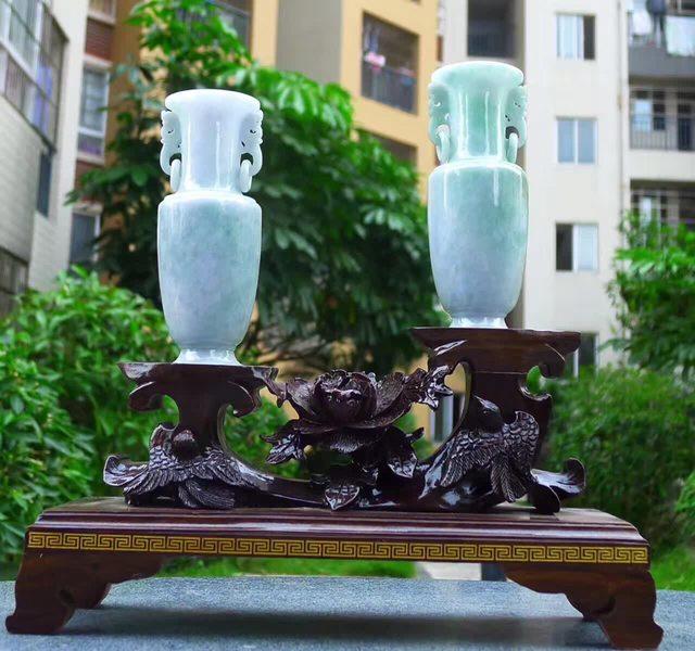 冰糯满绿 天然翡翠A货 花瓶摆件