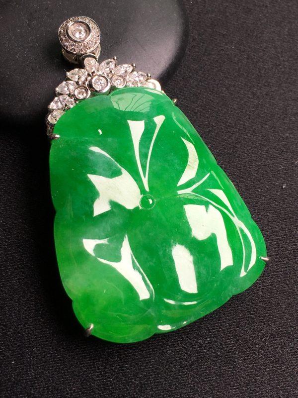 阳绿和和美美 翡翠挂件 裸石尺寸:34*28整体尺寸