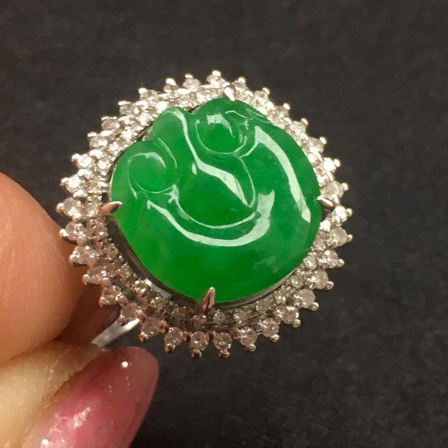 糯冰满绿如意翡翠戒指
