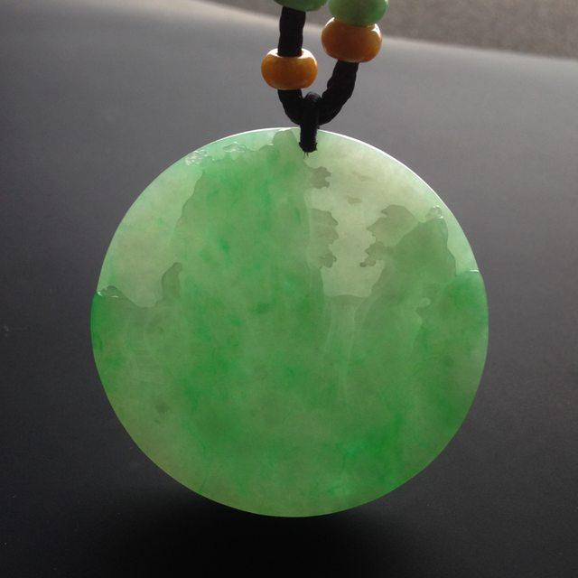 糯冰种绿底 翡翠挂件 尺寸52-52-6mm图7