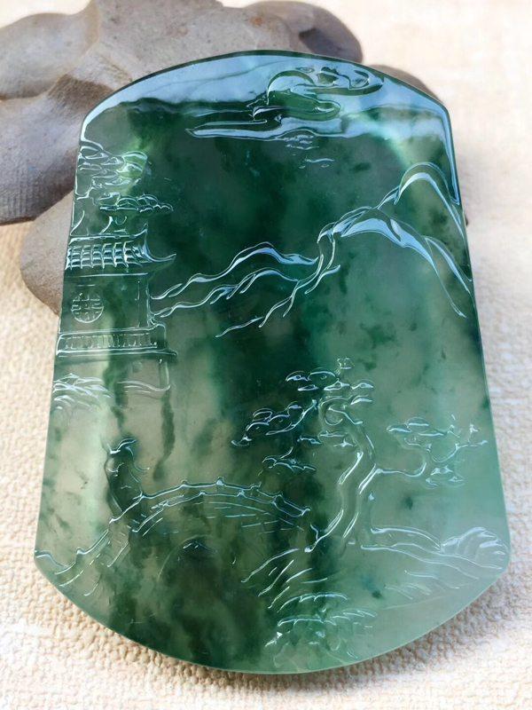老坑料高冰种满绿花 翡翠吊坠 冰透起荧光