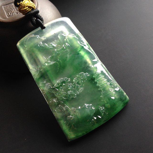 冰种晴底飘绿花春 翡翠挂件 尺寸56-35-7mm