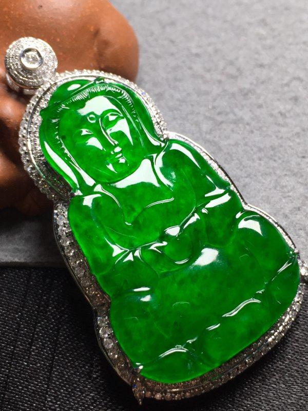 冰浓绿观音 翡翠挂件 裸石尺寸39.5*24*3