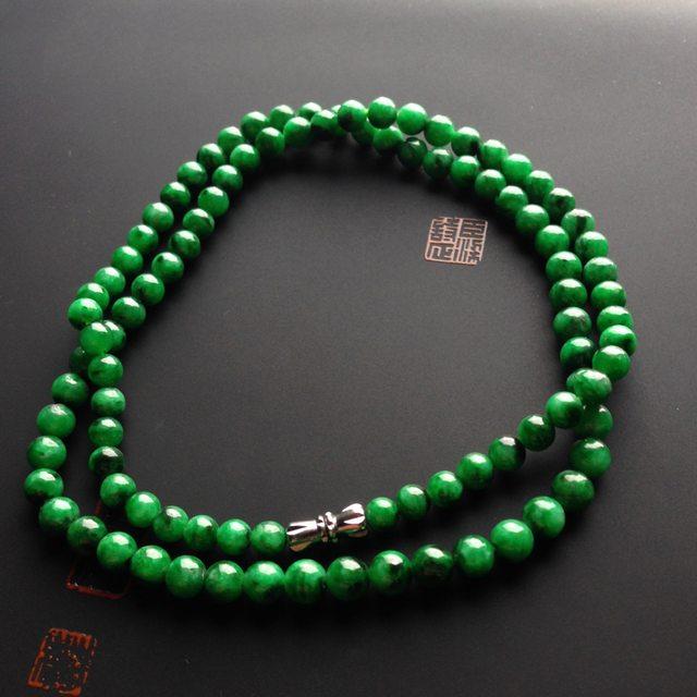 糯冰种阳绿翡翠项链 单颗尺寸5毫米