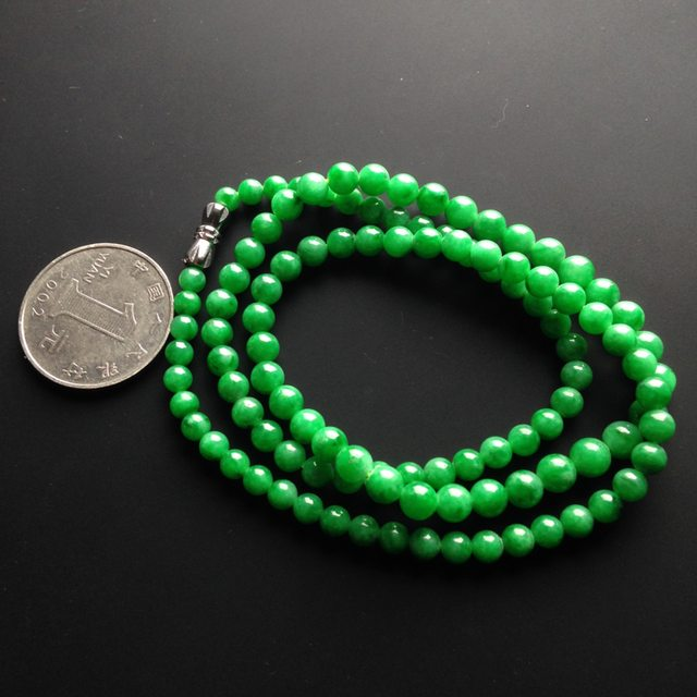 糯冰种阳绿翡翠项链 109颗 单颗尺寸4mm图7