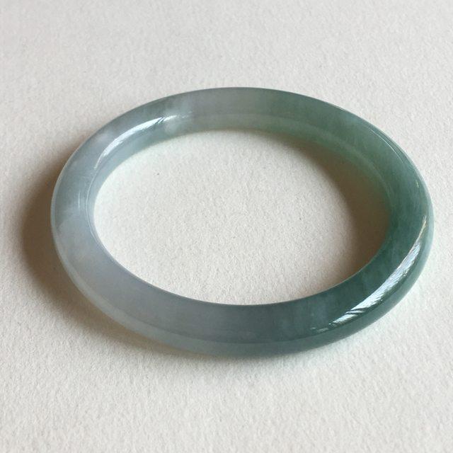 糯冰蓝绿底翡翠手镯  缅甸天然翡翠圆条手镯