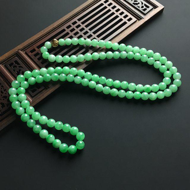 阳绿天然翡翠项链 直径7毫米图1