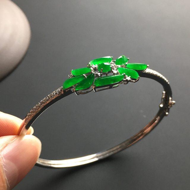 阳绿随形翡翠手镯 内径58.2 30-12-7毫米