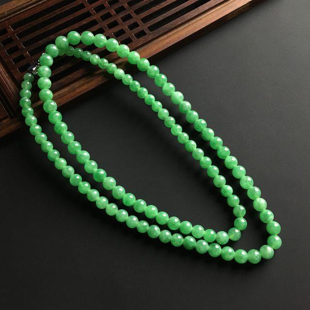 满色天然翡翠项链 直径大5.8 小4.5毫米
