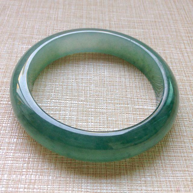 冰油青飘绿翡翠手镯  缅甸天然翡翠正圈手镯56.6寸