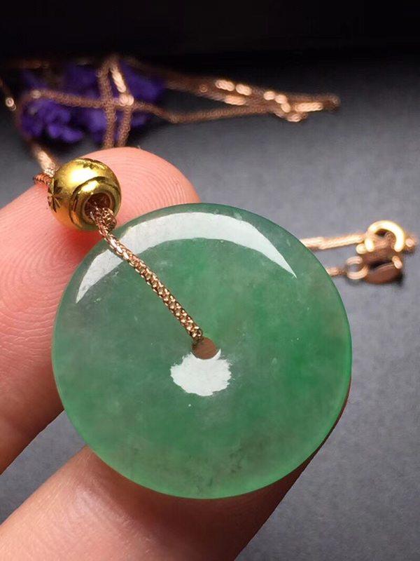 阳绿冰种平安扣 翡翠挂件 真金真钻镶嵌