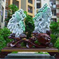 翡翠A货 精美三彩飘阳绿 人生如意好事成双雕刻摆件