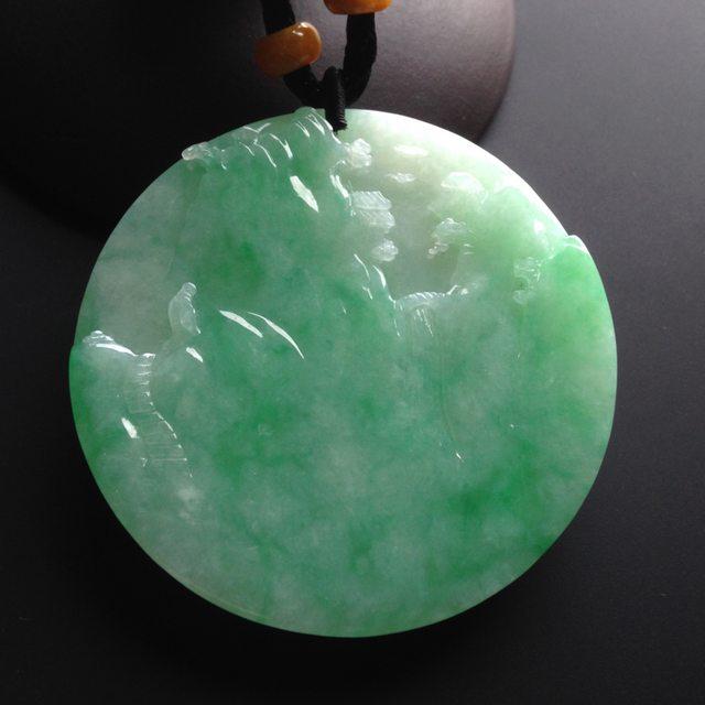 糯冰种绿底 翡翠挂件 尺寸52-52-6mm图6