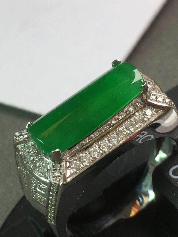 冰种满绿马鞍 戒指