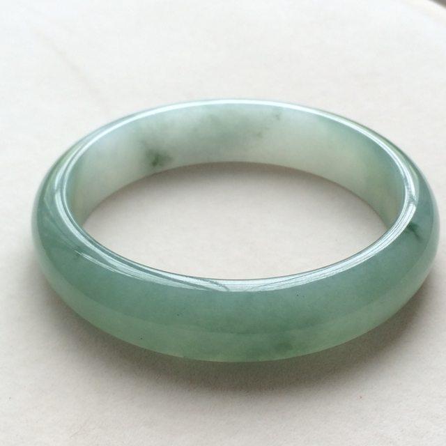 冰种飘花翡翠手镯 缅甸天然翡翠手镯  尺寸:63.5寸
