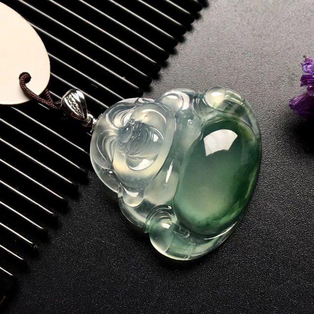 冰种飘绿花笑佛 翡翠吊坠 尺寸: 32-30.5-7.5mm