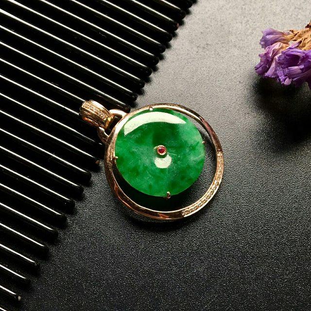 冰种满绿翡翠吊坠  翡翠平安扣吊坠 尺寸: 29.5-22-5mm
