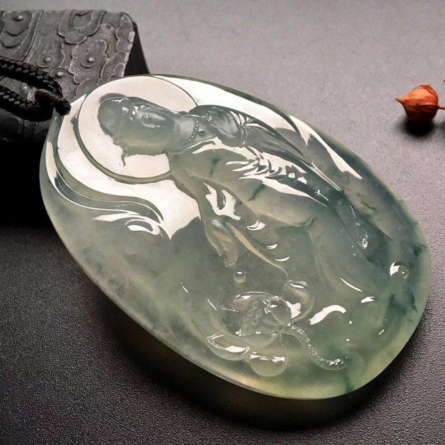 冰飘花莲花观音 翡翠挂件 尺寸: 67-45-12mm