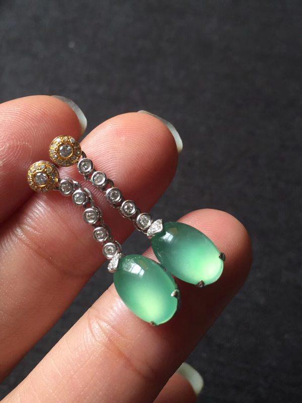 玻璃种阳绿 翡翠耳坠106.53mm