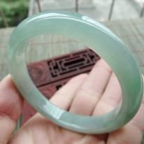 冰油淡绿细条正装翡翠手镯54.2mm