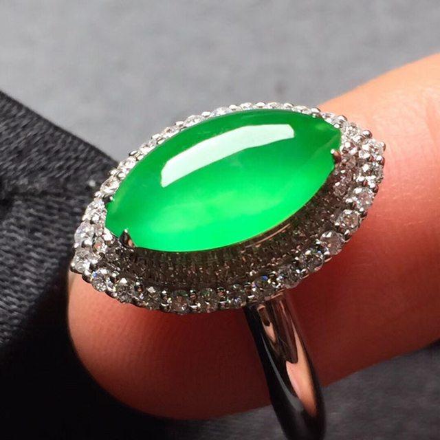 12*6.3*4寸玻璃种木那绿马眼戒指 翡翠戒指