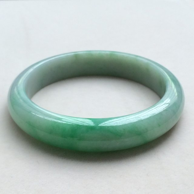 冰种飘绿翡翠手镯  缅甸天然翡翠手镯  尺寸:58寸