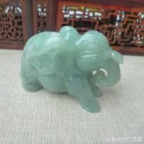 翡翠A货 满色浅绿 走向成功大象精品小摆件
