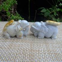 糯冰浅紫带黄翡 巧雕俏色大象翡翠摆件一对