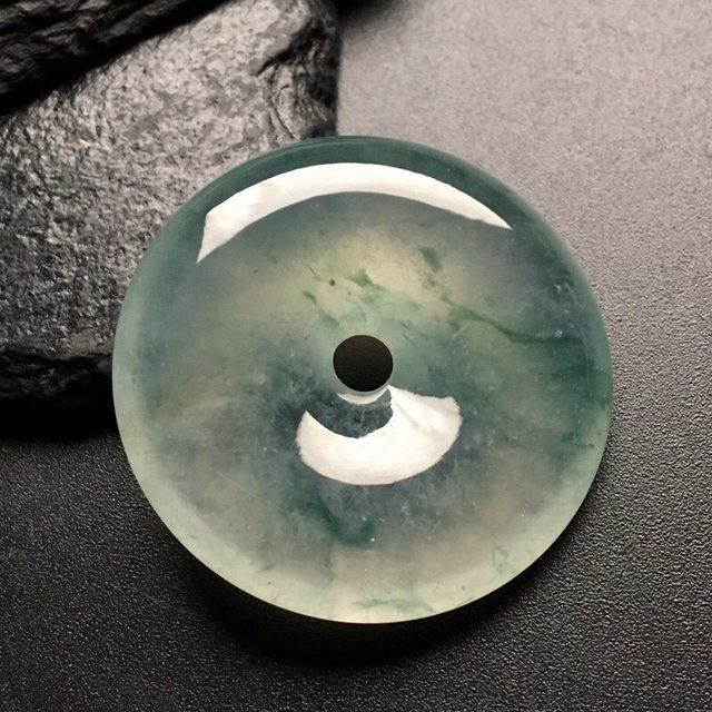 冰飘花平安扣 翡翠挂件 尺寸: 35-7.5mm