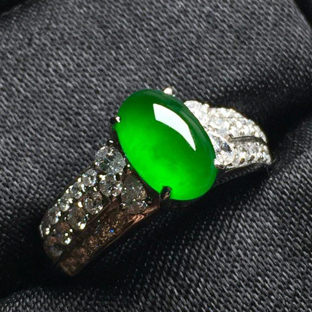 玻璃种帝王绿 缅甸天然翡翠戒指