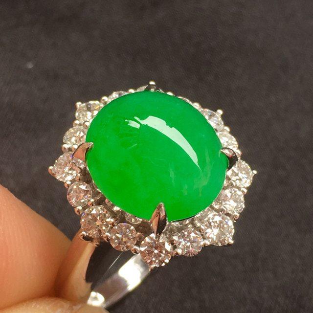 满绿翡翠戒指 冰透水润