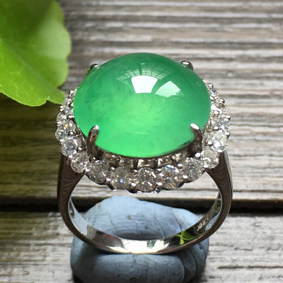 冰種滿綠蛋面 金鑲鉆天然翡翠18k金戒指