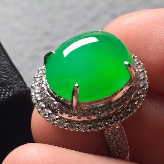 12.2*10.8*6寸冰阳绿 缅甸天然翡翠戒指