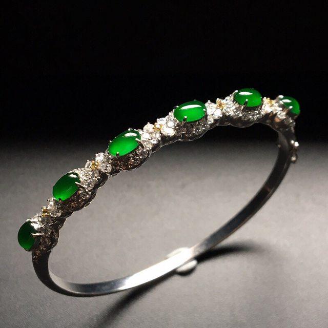 冰帝王绿翡翠镶嵌手环