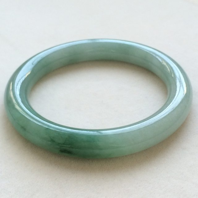 冰种飘绿翡翠手镯  缅甸天然翡翠圆条手镯 尺寸:59寸