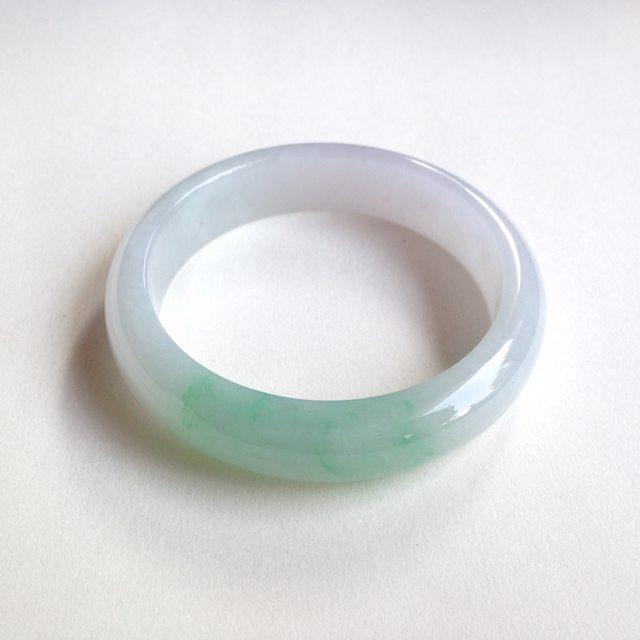 糯种春带彩翡翠手镯  缅甸天然翡翠平安镯