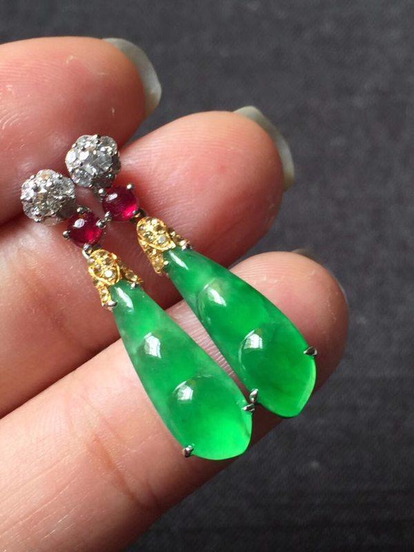 玻璃种正阳绿 翡翠耳坠17.564mm