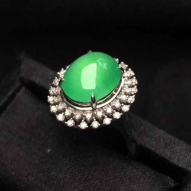 冰种阳绿果冻色女戒 缅甸天然翡翠戒指